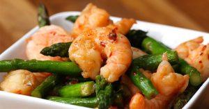 Shrimp And Asparagus Stir-Fry
