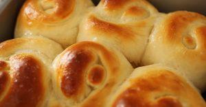Bread Rolls Or Dinner Rolls