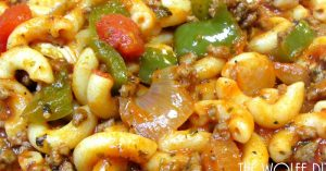 American Chop Suey Recipe - How To Make Classic American Chop Suey