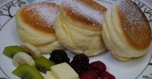 Souffle Pancakes - Fluffy Japanese Pancakes